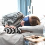 Daytime naps once or twice a week may be linked to a healthy heart, researchers say